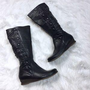 $199 New Miz Mooz Paz Boots Buttons Leather Black